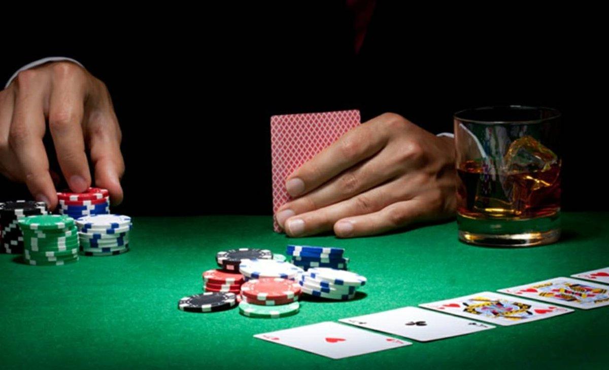 Cara Menggunakan Teknik Bluffing Pada Permainan Poker Online Indonesia - PokerGocap