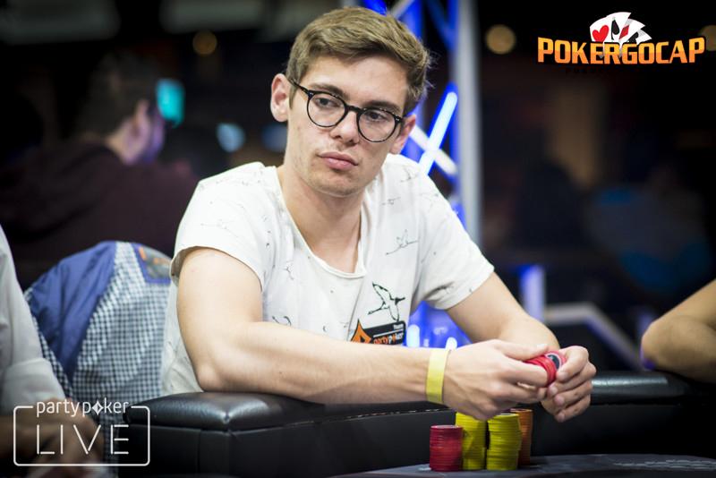 Inilah Kelebihan Bermain Di Situs Poker Online Indonesia